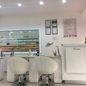 hollywood nails salon spa eastbourne colour collections and nail stations
